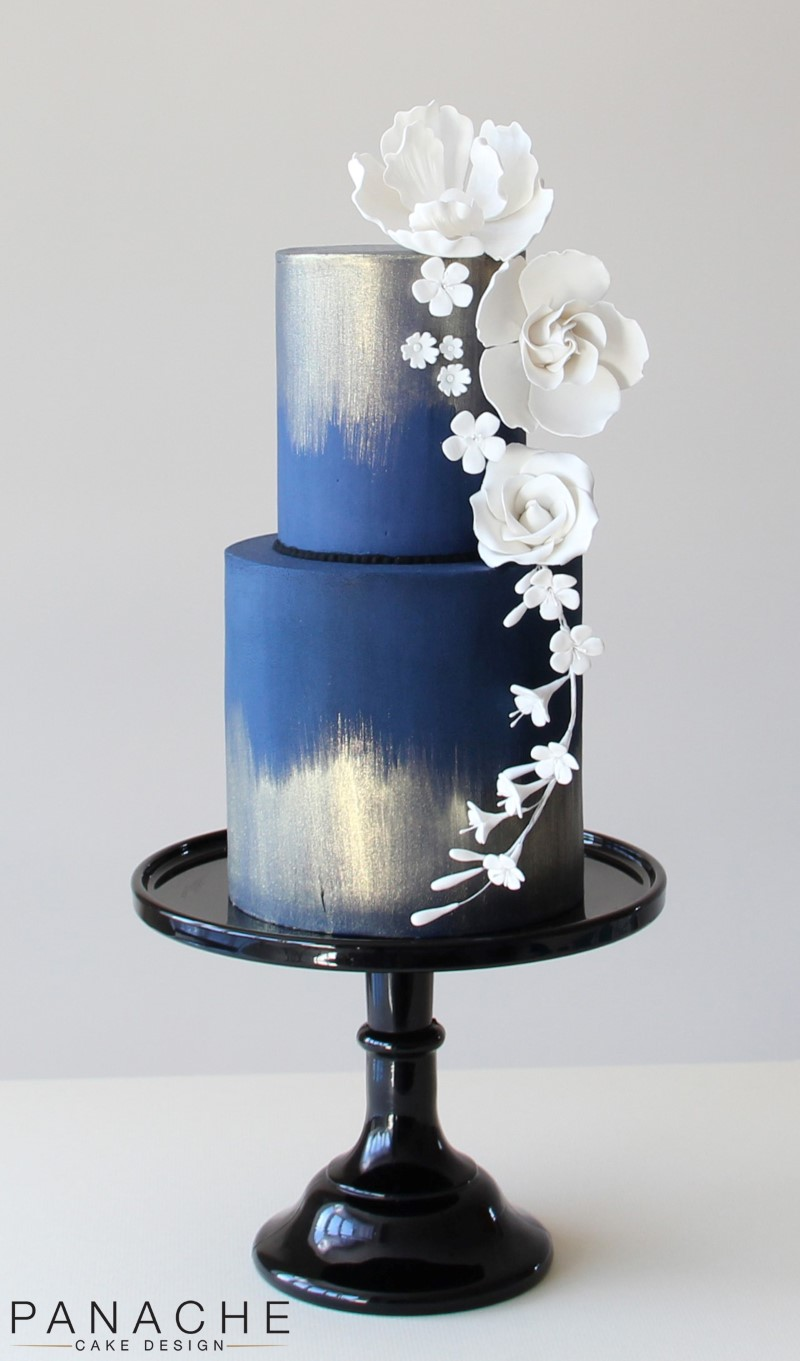Wedding Cakes On A White Porcelain Stand