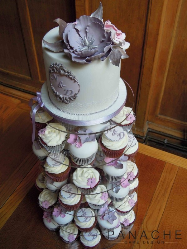 gallery-lace-cutting-cake-and-cupcakes-2