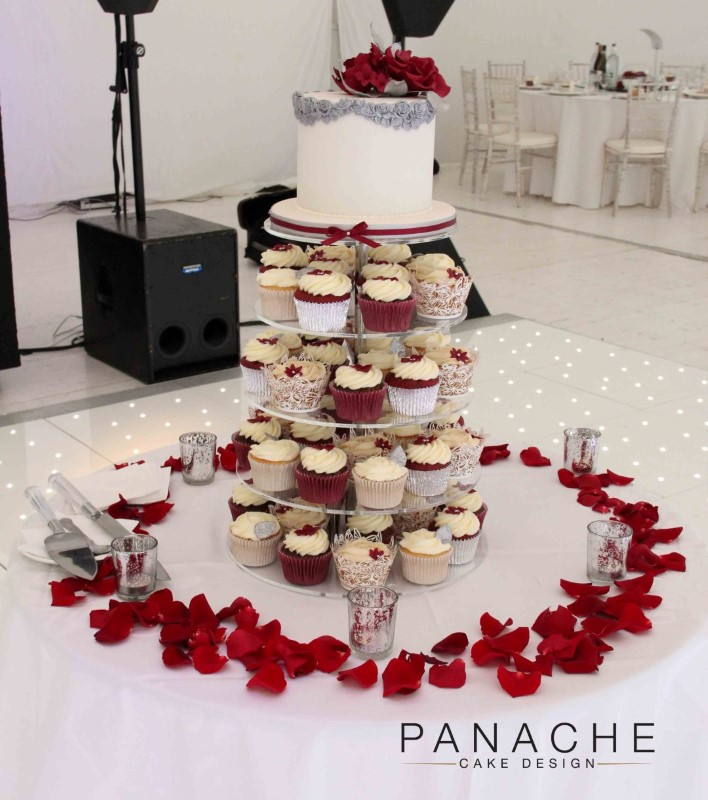 gallery-oakley-court-cake-and-cupcakes-1