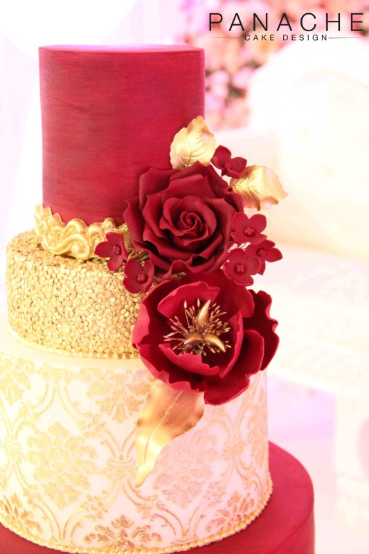 gallery-red-and-gold-royal-damask-2
